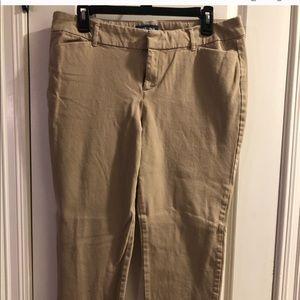 🔥3/$20🔥 Old Navy Khaki Pixie pants